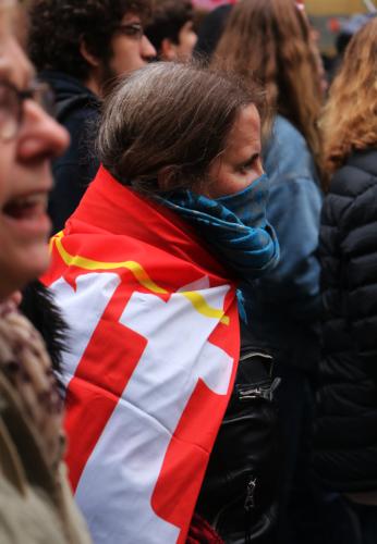 Une manifestante de la CGT lors de la manifestation contre la réforme des retraites le 5 décembre 2019.