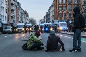 Certains manifestants attendent un éventuel affrontement...