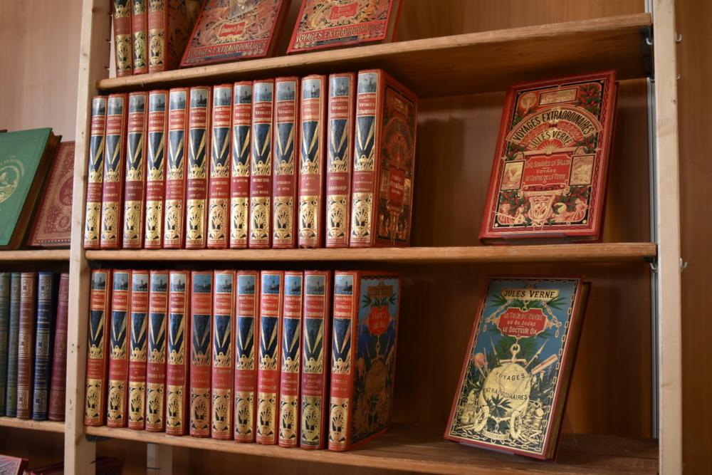 Une bibilothèque de Jules Verne