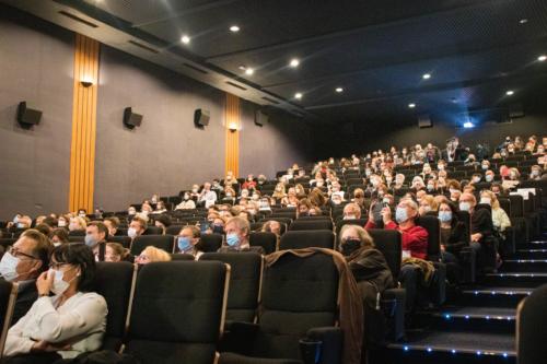 Soirée d'ouverture du festival, le public était au rendez-vous, dans le respect des gestes sanitaires.