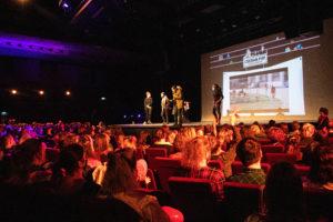 Vendredi soir , au Casino Barrière de Lille, c'était la soirée karaoké-cinéma Grease, l'ambiance était au rendez-vous !