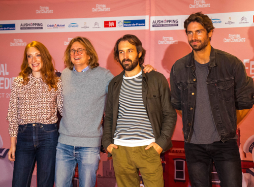 """C'est le film """"C'est la vie"""" de Julien Rambaldi (deuxième en partant de la gauche) qui a ouvert le festival mercredi soir, en présence de l'équipe du film : Sarah Stern, Antoine Gouy et Tom Leeb."""