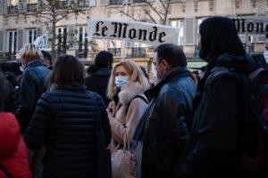 L'équipe du journal Le Monde manifestait contre la loi de sécurité globale. © Chloé Lavoisard