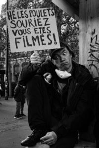 Les pancartes redoublent d'originalité. © Chloé Lavoisard