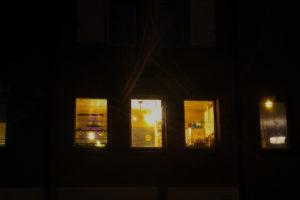Des fenêtres d'appartement