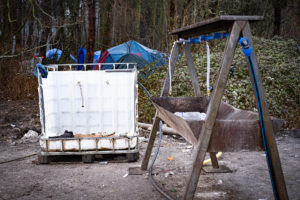 Le seul point d'eau potable pour 350 personnes.